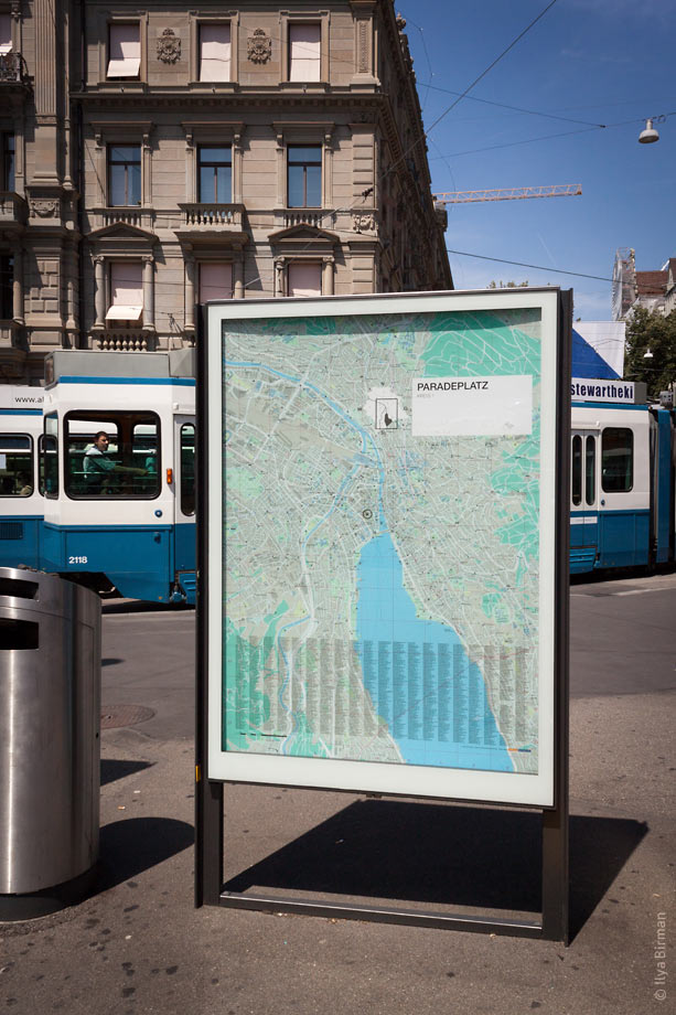 Zurich city map stand